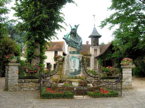 Chapelle et monument aux morts