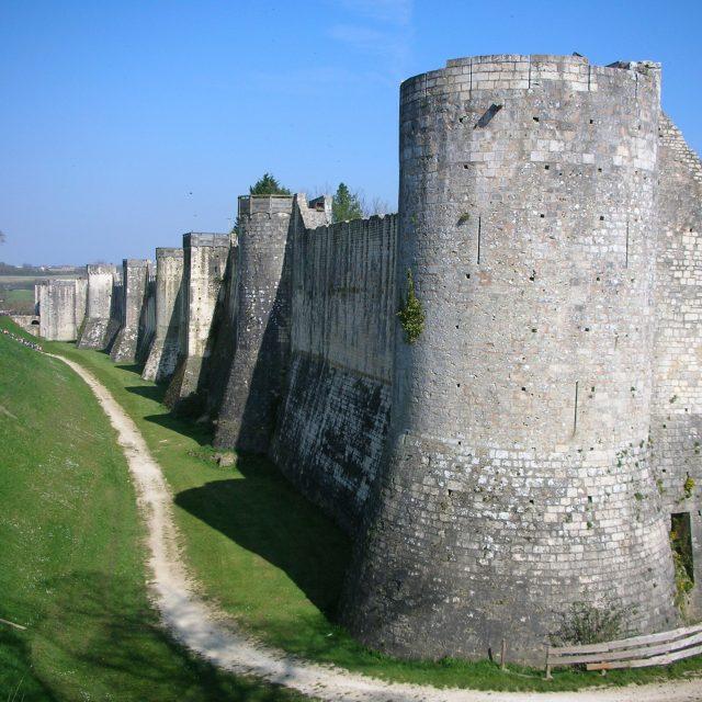 Remparts et portes fortifiées